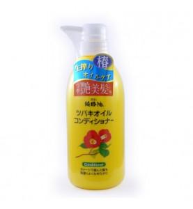 Kurobara Camellia Oil Hair Conditioner / Кондиционер для поврежденных волос с маслом камелии японской, 500 мл